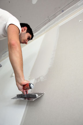 drywall-worker-image