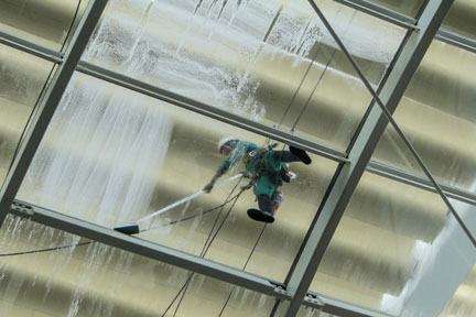 pressure-washing-glass-roof-image